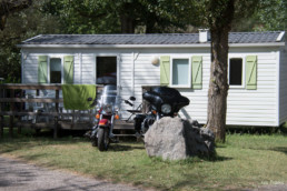 Camping les prades location mobil-home motos