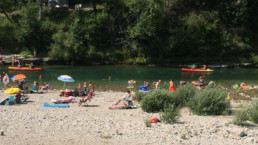 Camping les prades plage riviere Tarn canoë