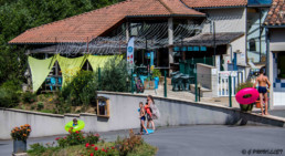 camping les Prades restaurant vacances bord riviere